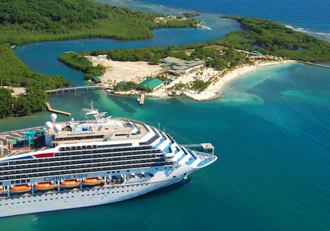 Cruise Ship Roatan