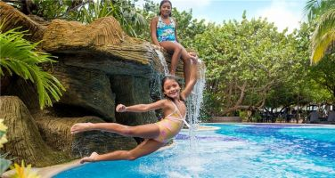 Roatan-dive-in-pool-paradise-beach-hotel